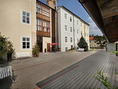 EA Hotel Jeleni dvur Prague Castle***+ - parking